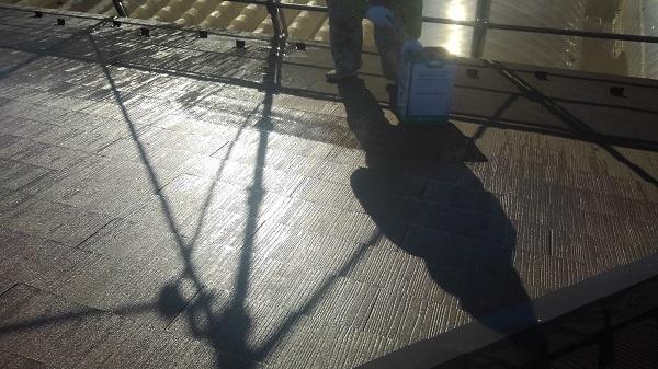 大阪府堺市 屋根塗装 下地処理の工程 下塗り