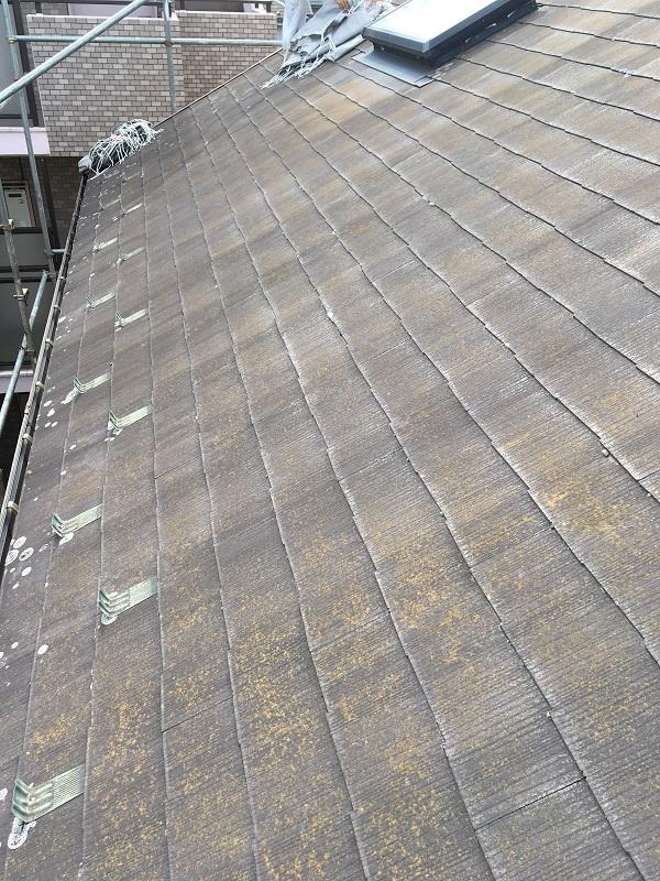 大阪府堺市 屋根塗装 下地処理 ひび割れ補修 縁切り タスペーサー