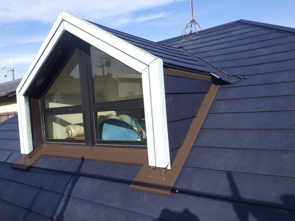 屋根板金取り付けの画像