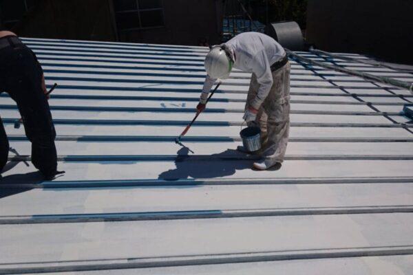 瓦棒屋根塗装の画像