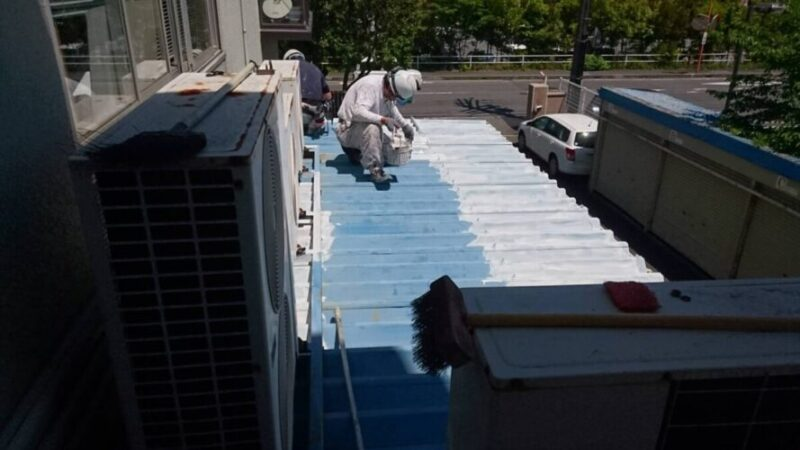 折半屋根塗装の画像