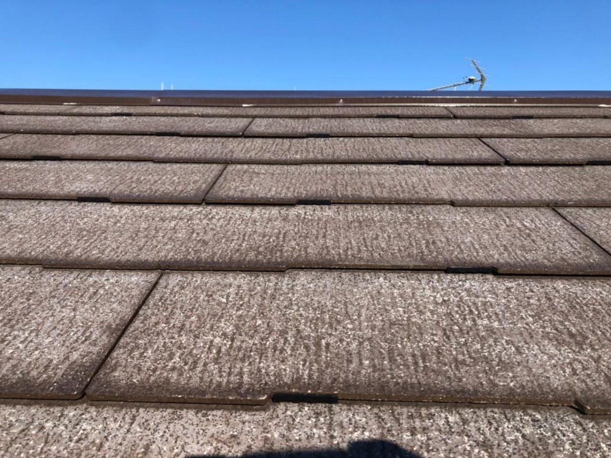 屋根タスペーサー取り付けの画像